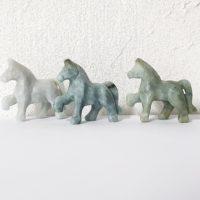 Pferd Jade (Jadeit) 47x42mm grünlich Tierfigur Tiergravur
