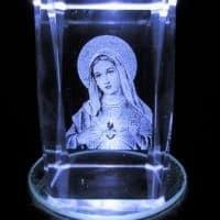Kristallblock-3D-Laser Maria, 5x5x8 cm